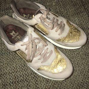 Mephisto Women's Walking Shoe